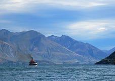 Stoomboot op Meer Wakatipu Stock Afbeelding