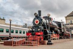 Stoommotor ea-3306 Herdenkings complexe spoorwegarbeiders die tijdens de Tweede Wereldoorlog en als symbool van vriendschap tusse stock foto