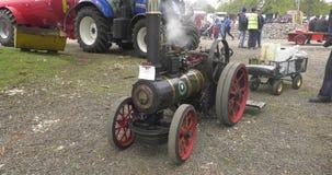 Stoommotoren bij Shanes-van de de Stoomverzameling van de Kasteelmeidag het Landgoed Antrim Noord-Ierland stock video