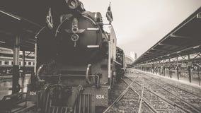 Stoomtrein bij de Spoorweg van de Staat van Thailand 119 jaar verjaardags Stock Fotografie