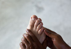 stopa wręcza masowanie Zdjęcia Royalty Free