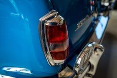 """Stoplight του """"Ponton†, 1956 της Mercedes-Benz αυτοκινήτων πολυτέλειας 220S W180 ΙΙ Στοκ Εικόνες"""