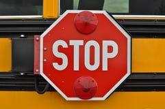 stopp för bussskolatecken Fotografering för Bildbyråer