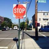 Stoppa hela vägen tecknet Fotografering för Bildbyråer