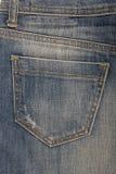 Stoppa i fickan på denimkjolen arkivfoto