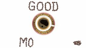 Stoppa rörelseanimeringen med en kopp kaffe och kaffebönor lager videofilmer