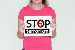 Stoppa terrorismbegreppet Flickan i rött fotografering för bildbyråer