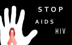 Stoppen Sie AIDS unterzeichnen mit der weißen Hand und rotem Band auf schwarzem backgroun Lizenzfreie Stockfotos