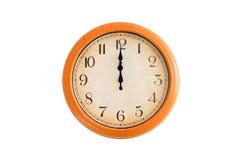 Uhr, die 12 Uhr zeigt Stockfotos