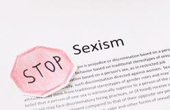 Stoppen Sie Sexismusphrase. Vorurteil oder Unterscheidung basiert auf dem Geschlecht einer Person Lizenzfreies Stockbild