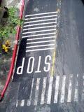 Stoppen Sie Straßen-Stösse Stockbilder