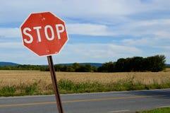 Stoppen Sie Zeichen Stockfotografie