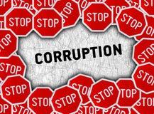 Stoppschild- und Wortkorruption Stockfotos