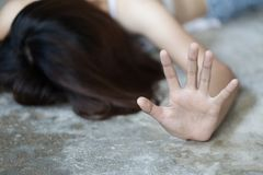 Stoppsexuellt övergreppbegreppet, stoppar våld mot kvinnor, internationella kvinnors dag, begreppet av sextrakasseri mot kvinnor arkivbilder