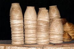 Stor öppen korg för klibbiga ris på nordöstra område av Thailand Royaltyfri Bild