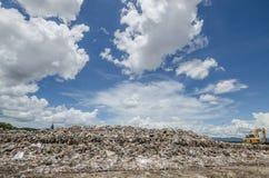 Stor avskrädehög Royaltyfri Fotografi
