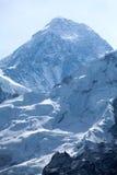stor avståndsförgrundshochwart mt vaggar toppmötet Everest från Kala Patthar, Solu Khumbu, Nepal Royaltyfri Bild