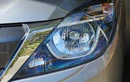Stor billykta av den moderna bilen Royaltyfria Bilder