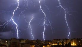 Stor blixtstorm på Granollers arkivfoton