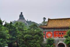 Stor Buddah Po Lin kloster Arkivfoton
