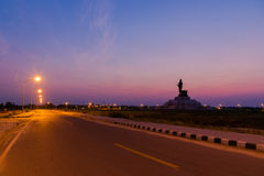Stor Buddha monument Arkivfoto