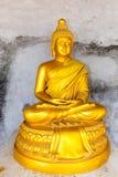 Stor Buddhamonument på ön av Phuket i Thailand Royaltyfri Bild