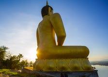 Stor Buddhastaty i Laos Arkivfoto