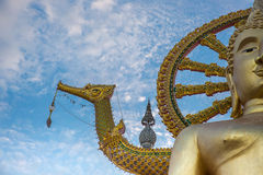 Stor Buddhatempel i Samui - Wat Phra Yai arkivbild