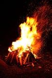 Stor campfire royaltyfri bild