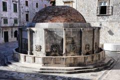 stor croatia dubrovnik springbrunnonofrio s Royaltyfri Bild