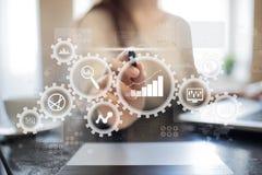 Stor dataanalytics Begrepp för BIaffärsintelligens med diagram- och grafsymboler på den faktiska skärmen royaltyfria bilder