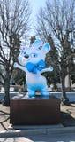 Stor dockahare för monument - symbol av OS:en i Sochi 2014 Fotografering för Bildbyråer