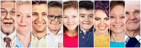 Stor familj för grupp människor med morförälderföräldrar och barn arkivbild