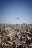 Stor flagga över Amman Royaltyfri Bild