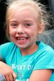 stor flicka little leende Arkivfoton