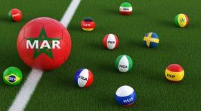 Stor fotbollboll i Moroccos medborgarefärger som omges av mindre fotbollbollar i andra nationella färger Royaltyfri Foto