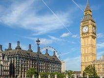 Stor framsida för klocka för förbudElizabeth torn, slott av Westminster, Londo Arkivfoton