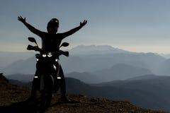 Stor geografi och utforskning för motorcyklister royaltyfri foto