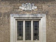 Stor georgian universitetbyggnad royaltyfri bild