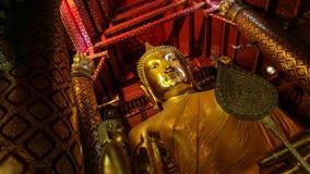 Stor guld- Buddha i Ayuthaya Arkivfoto