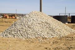Stor hög av den vita granitstenen Royaltyfri Foto