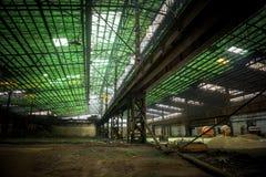 Stor industriell korridor under konstruktion royaltyfri fotografi