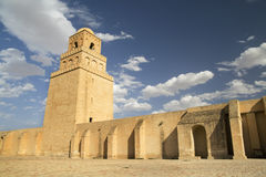 stor kairouan moské tunisia royaltyfri bild