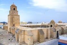 stor kairouan moské tunisia Arkivfoton