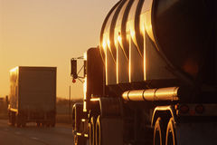 Stor lastbilkörning Arkivfoton