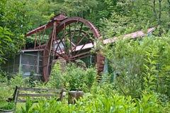 Stor metallkvarnhjul Royaltyfria Bilder
