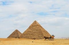 stor pyramid Royaltyfria Foton