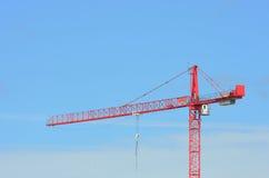 Stor röd konstruktionskran Royaltyfri Fotografi