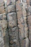 stor rock för causway bildande Arkivfoton