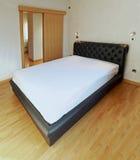 Stor säng Royaltyfri Fotografi